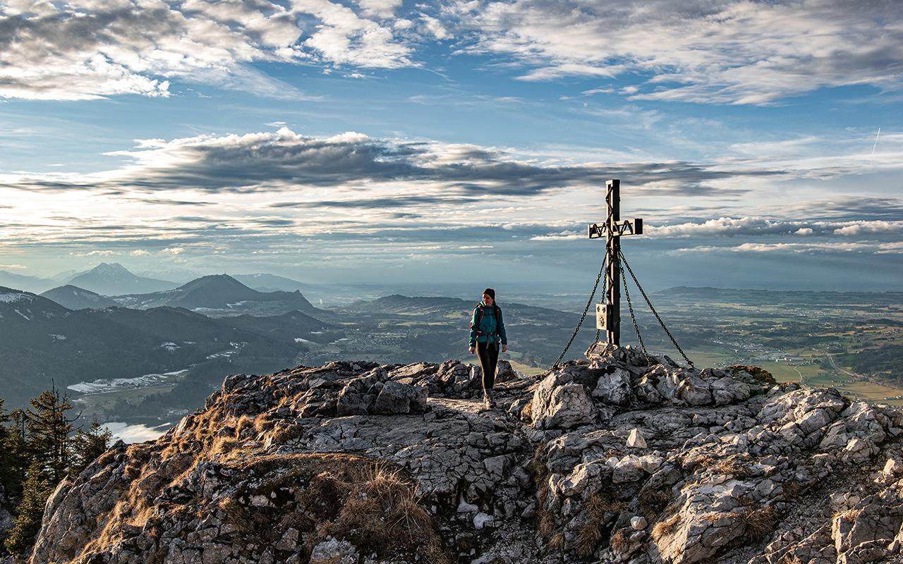 Schober Gipfelkreuz bei Sonnenuntergang