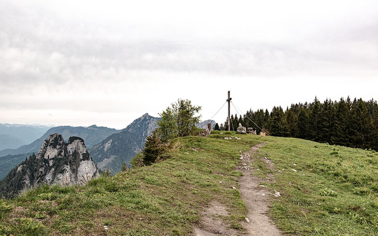 Bleckwand-Holzkreuz