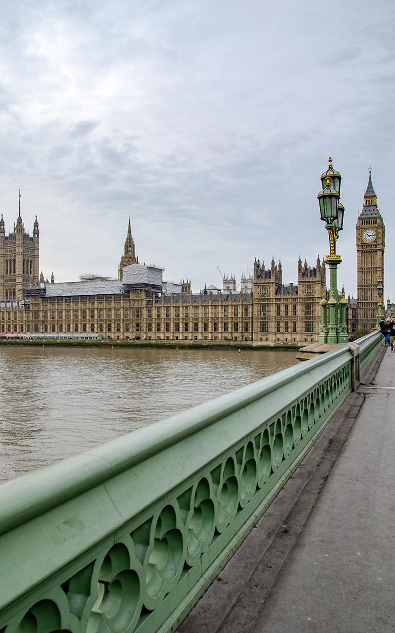Houses-of-Parliament-Bruecke