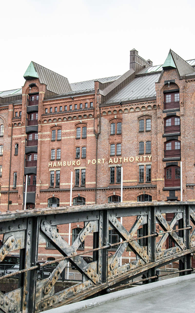 Port-Authority-Hamburg