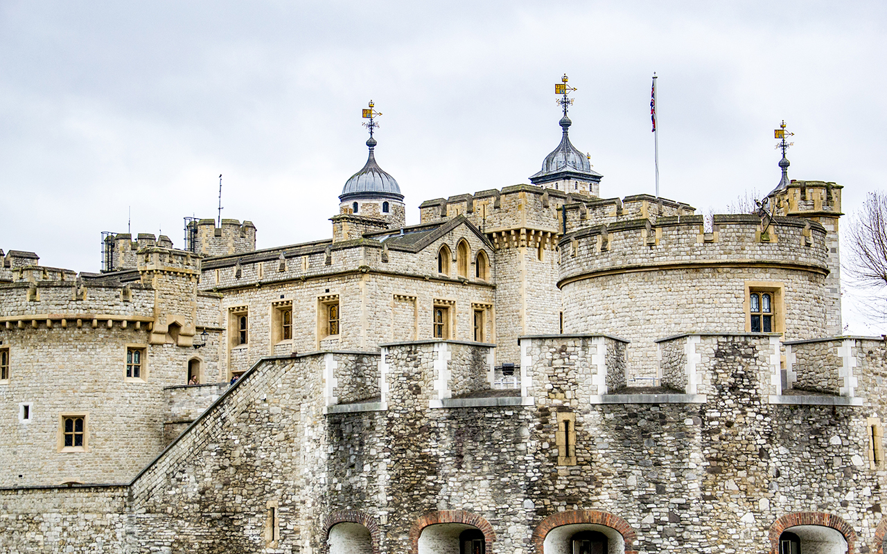 Tower-of-London-Aussenansicht